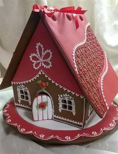 VERY cool change for the typical gingerbread house! VERY cool change for the typical gingerbread house! Gingerbread Dough, Gingerbread Village, Christmas Gingerbread House, Christmas Sweets, Christmas Cooking, Gingerbread Cookies, Christmas Holiday, Christmas Decor, Holiday Decor