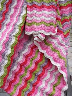 Inspiration only. No pattern. Love the small ripples instead of typical wide ones. Love the colors. Picot Crochet, Crochet Ripple Blanket, Crochet Afgans, Crochet Fabric, Knitted Afghans, Manta Crochet, Crochet Cushions, Love Crochet, Crochet Stitches