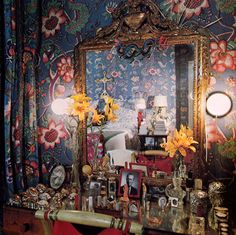 diana vreeland's dressing table
