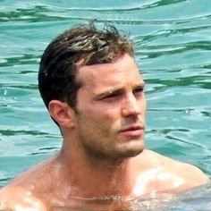 I love to go swimmin with bow-legged women and swim being between their legs. 50 Shades Freed, Fifty Shades Darker, Fifty Shades Of Grey, Jamie Dornan, Christian Grey, Dakota Johnson Movies, Mr Grey, Fifty Shades Trilogy, Beauty