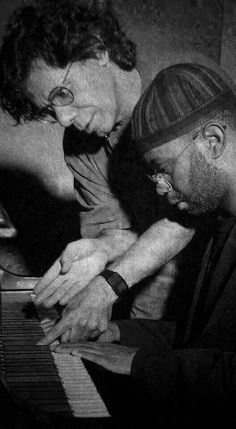 Chick Corea & Kenny Garret working something out together