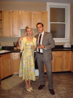 """Don and Betty Draper of """"Mad Men"""" Easy Character Halloween Costume  POPSUGAR Social"""