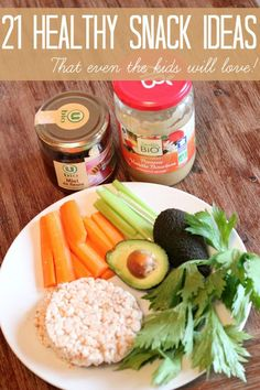 21 healthy snack ideas for your family. They're easy & healthy - win-win!