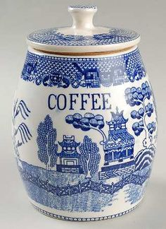 Coffee container in my favorite pattern - Blue Willow
