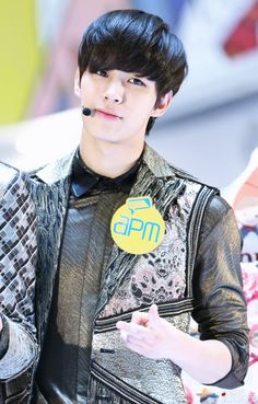 cr: Healingbin // DO NOT EDIT #VIXX #Hongbin