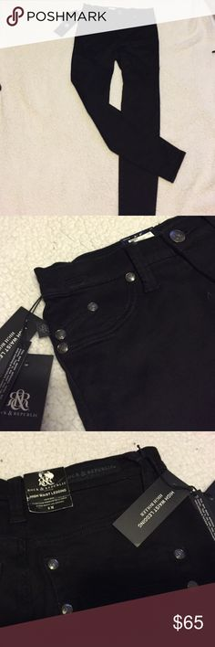"""Rock & Republic high waisted high roller jeans 8 Gorgeous black viper stretchy skinny jeans that are sooo flattering they will be your favorite!! High waisted and 31"""" inseam!!! NWT Rock & Republic Jeans Skinny"""