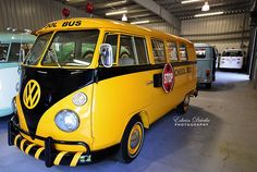 T1 School Bus | Die 12 coolsten VW Bullis der Welt - Mpora Action Sports Network