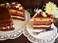 Tort Fantezie cu ciocolată și zmeură - Rețete pentru toate gusturile Romanian Food, Food Cakes, Something Sweet, Tiramisu, Cake Recipes, Deserts, Food And Drink, Ice Cream, Sweets