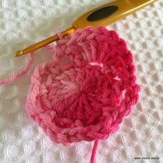 Flor roseta passo a passo - www.croche.com (16)