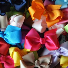 Yummy Chunky Bows - 16 delicious flavors at VeryJane.com #hair #colors