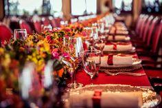 Casamento vermelho decoração - wedding decor - O que existe de melhor e mais atual no universo dos casamentos reunido em um único canal. Inspiração na medida certa e informação com credibilidade.