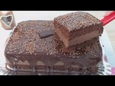 BOLO DE CHOCOLATE GELADO | O MELHOR QUE EU JÁ COMI - YouTube Icebox Cake, Desert Recipes, Pretzel, Chocolate Recipes, Food Videos, Tiramisu, Deserts, Cooking Recipes, Sweets