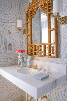 Carla Fonts Hrncir - Luxe Interiors This wonderful bathroom features lots of Chinoiserie including a pagoda bamboo mirror, Greek key sc. Chinoiserie Wallpaper, Chinoiserie Chic, Bamboo Mirror, Marble Columns, Asian Decor, Bathroom Wallpaper, Visual Comfort, Palm Beach, Florida