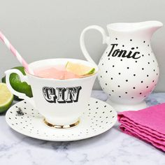 Gin & Tonic Tea Set by yvonneellen on Etsy Gifts For Gin Lovers, Gin Gifts, Gin Tonic, Le Gin, Tee Set, Gin Bar, High Tea, Afternoon Tea, Tea Time