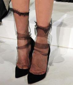 Slouchy sheer black socks, Pointy pumps from Marchesa. Fashion Details, Look Fashion, Fashion Shoes, Womens Fashion, Trendy Fashion, Fashion Clothes, High Fashion, Fashion Design, Sheer Socks