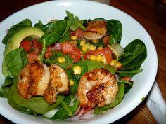 Salade Exotica at Cafecito Chicago, Sprouts, Artisan, Restaurant, Meat, Vegetables, Food, Diner Restaurant, Essen