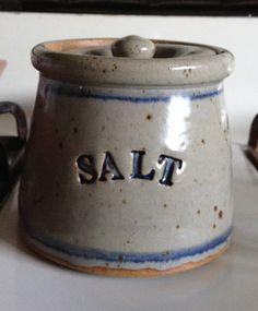Charmant Stoneware Salt Cellar With Lid