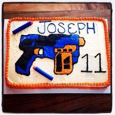 Nerf gun cake!