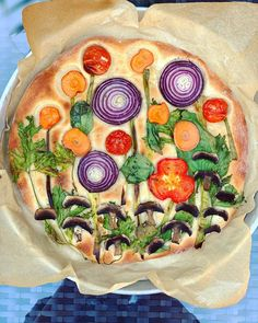 Teri Culetto is the baker at the heart of the focaccia art craze. Italian Recipes, Vegan Recipes, Cooking Recipes, Cooking Tips, Fruit Cake Watermelon, Fruit Cakes, Bread Art, Good Food, Yummy Food