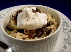 Yummy, warm, sweet oatmeal that is sooooo good and low in Calories!!! A Hungry Girl recipe :)