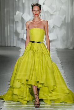 Jason Wu Spring 2012 Yellow Fluorescent Yellow Dress Gown NY Fashion Week- beautiful color AND cut! Jason Wu, Ny Fashion Week, Runway Fashion, Nyc Fashion, Trendy Fashion, Style Fashion, Fashion Design, Vestidos Neon, Design Seeds