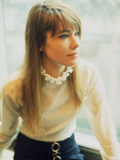 francoise hardy plus belles images en 1970 Françoise Hardy, French Pop, French Girls, Miles Davis, Mick Jagger, Celebrity Outfits, Vanity Fair, Suits For Women, Style Icons
