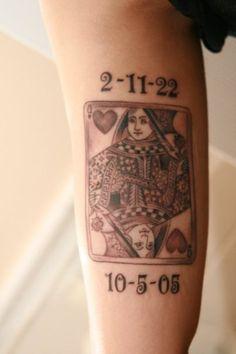 Memorial Queen Card Tattoo On Leg Card Tattoo Designs, Queen Tattoo Designs, Tattoo Images, Tattoo Ideas, Couple Tattoos, Leg Tattoos, Girl Tattoos, Tatoos, Club Tattoo
