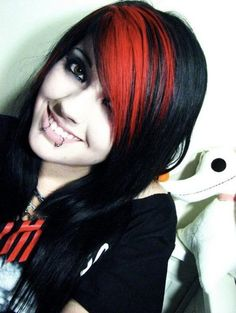 """Black & Red/""""Peachy Coral"""" Hair Picture from Leda Monster Bunny. Undercut Hairstyles, Hairstyles With Bangs, Cool Hairstyles, Emo Scene Hair, Emo Hair, Dyed Bangs, Dyed Hair, Scene Girl Fashion, Leda Monster Bunny"""