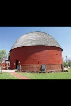 Old Round Barn in Oklahoma along Route 66