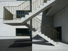 Hier finden Sie weitere Fotos und Pläne zum Nationalparkzentrum in Zernez von Valerio Olgiati.