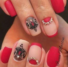 Accurate nails Drawings on nails Evening dress nails Half-moon nails ideas Ideas of evening nails Matte nails Nails with rhinestones ideas ring finger nails Fabulous Nails, Gorgeous Nails, Beautiful Nail Art, Pretty Nails, Matte Nails, Red Nails, Hair And Nails, Bright Nails, Nail Art Design Gallery