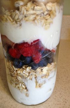 Overnight oats in a mason jar. Easy grab and go breakfast that will give you energy to get through the day