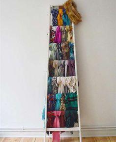 Relooker une vieille échelle pour ranger vos écharpes et foulard  organize scarf