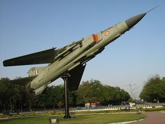 From Wikiwand: An Indian on display at a crossroads in Gandhinagar. Fighter Aircraft, Fighter Jets, Les Aliens, Indian Air Force, Shooting Range, Indiana, Military, Vehicles, Monuments