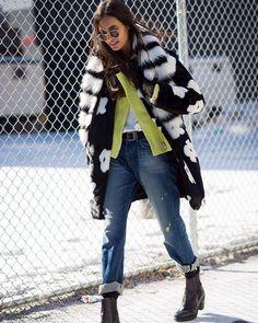 @giizeleoliveira photo by @styledumonde #style#styling#stylish#street#streetstyle#fashion#fashionable#cool#instamood#instafashion#woman#women#womensfashion#womensstyle#moda#shoes#loveit#streetlook#sexy#instyle#tagsforlikes#luks#followme#luxury#luksmoda#luksstil#luxurystyle#luxuryfashion#gizeleoliveira