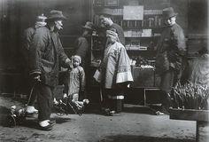 Chinatown, San Francisco c. 1900byArnold Genthe