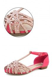This site is filled with the cutest shoes and clothes for those of us on a budget! So glad I found this site!