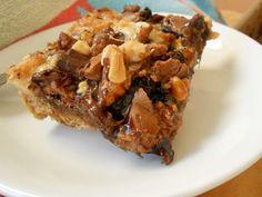 Μπισκοτογλυκό με βύσσινο και σοκολάτα - http://www.zannetcooks.com/recipe/mpiskotoglikovissino/