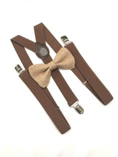 Brown Suspenders and Bow tie, Brown Braces Set, Groomsmen Suspenders Set, Burlap bow tie and Suspenders, Beige Bow tie and Suspenders by DreamsareMagic on Etsy Groomsmen Suspenders, Suspenders For Kids, Bowtie And Suspenders, Wedding Suspenders, Bowtie Mens, Bowtie Diy, Groomsman Attire, Bow Tie Wedding, Wedding Tuxedos