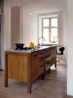 Hansen Instant Kitchen: A free-standing kitchen is a dream of mine and Danish company Hansen does it better than anyone.