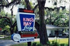 From the minute you see the vintage neon sign surrounded by moss-covered trees, you'll feel like you're stepping back in time and entering Old Florida. Florida Resorts, Visit Florida, Old Florida, Florida Vacation, Florida Travel, Vacation Spots, Florida Trips, Vacation Ideas, Crystal River Florida