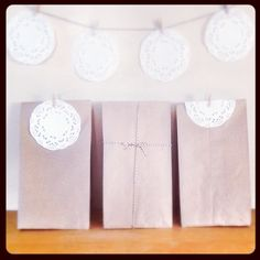 .@indieogdenutah   A sneak peek at the gift bags for the #indieogdenawards ! How cute are these?...   Webstagram  Kraft paper bags doilies string rustic wedding decor diy