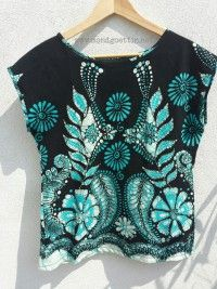 Upcycling-Bluse aus Wickelrock