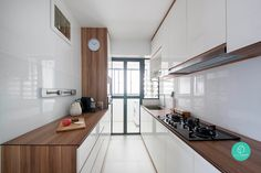Want a home update? Go with a little white and wood elegance for massive interior style that is super current now. Small Condo Kitchen, Kitchen Room Design, Home Decor Kitchen, Kitchen Interior, Home Kitchens, Interior House Colors, Interior Design Tips, Living Room Tv Unit Designs, Kitchen Colour Schemes