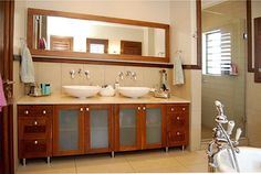 Picking the right wood species Custom Cabinet Doors, Cabinet Door Styles, Custom Cabinets, Cabinet Boxes, Kitchen Cabinet Doors, Kitchen Cabinets, Drawer Fronts, Wood Species, Hardwood