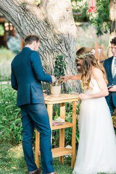Tree Planting Ceremony | Colorado Ranch Wedding | Lauren Fair Photography | Bridal Musings