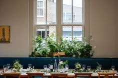 wedding flowers decoration pub table plan layout