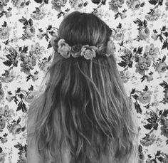 boho hair <3 Bohemian Hairstyles, Naturally Curly, Curly Hair Styles, Hair Beauty, Hair Colors, Fashion Trends, Ideas, Haircolor, Natural Curly Hair
