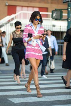 Leandra Medine in Miu Miu Fall 2015 - Spring 2016 New York Fashion Week Street Style New York Fashion Week Street Style, Nyc Fashion, Look Fashion, Fashion Outfits, Fashion Weeks, Leandra Medine, Miu Miu, Fall Collection, New York Fashion