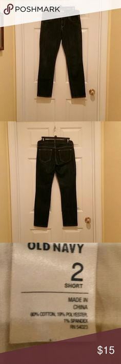 "Old Navy 'The Diva' Size 2 Short Jeans Old Navy dark denim ""THE DIVA"" stretch jeans. Size 2 Short. Inseam 28.5, waist 16.  Gently used. Old Navy Jeans Straight Leg"